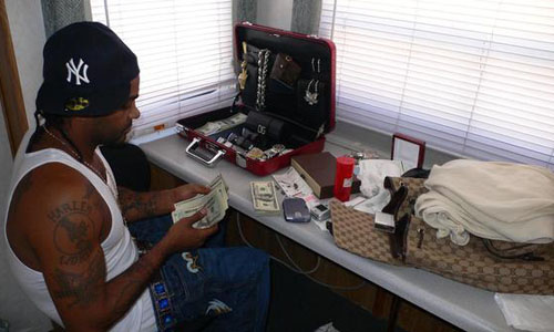 Jim Jones ringtones for all cell phones now. Get all Jim Jones